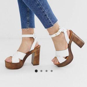 NIB 💯 Leather Platform Clog Sandals